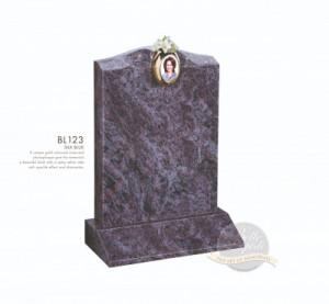 Decorative Chapter-Vase & Plaque Memorial