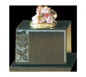 Granite Vase - With matching base